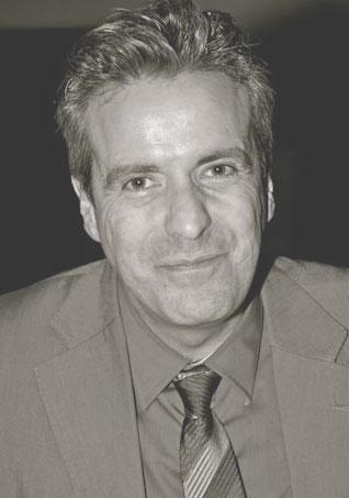 Francis TARTOUR, avocat Paris 10ème